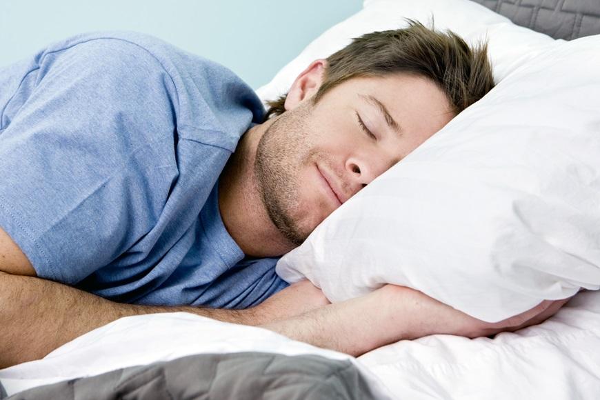 8 fa ons d 39 am liorer votre sommeil et liminer l 39 insomnie. Black Bedroom Furniture Sets. Home Design Ideas
